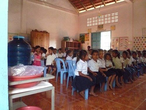 Cambodge : eau potable avec 1001 Fontaines – Janv. 2013
