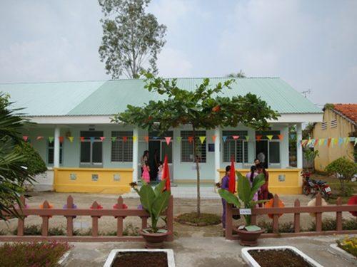 Inauguration de la 4ème cantine financée par RSF au Vietnam – Oct. 2013
