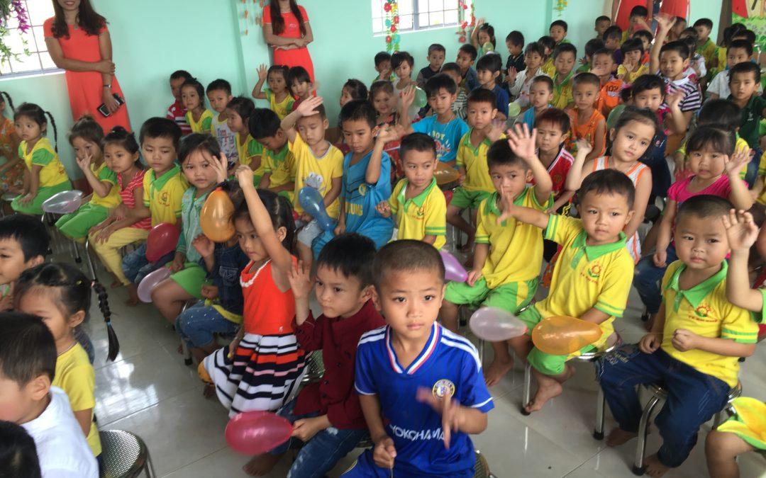 Inauguration de la cantine scolaire à An Khe, Vietnam – Mars 2016