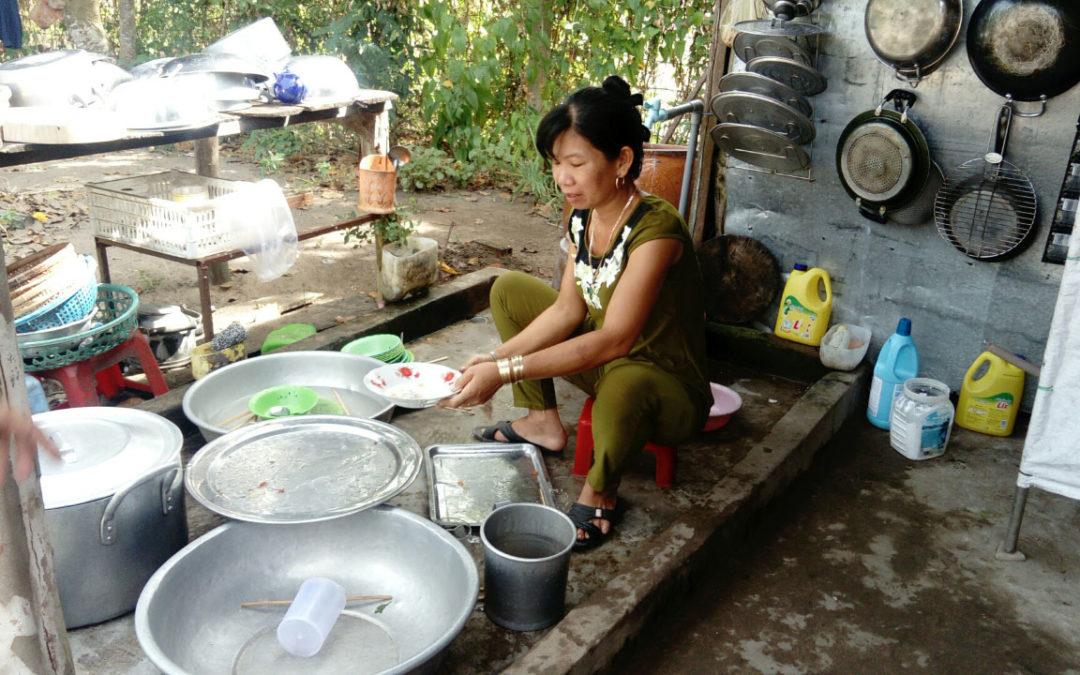 Visite de l'école de My Trà au Vietnam pour un projet de cantine (Fr & En) – Janv. 2018