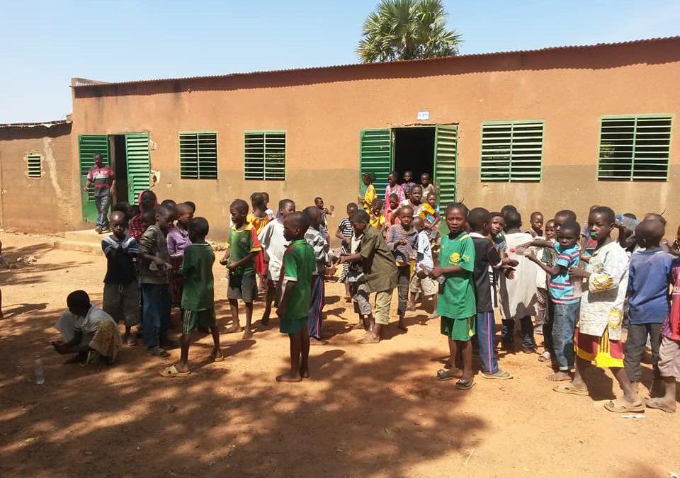 Une cantine pour Loanga au Burkina Faso