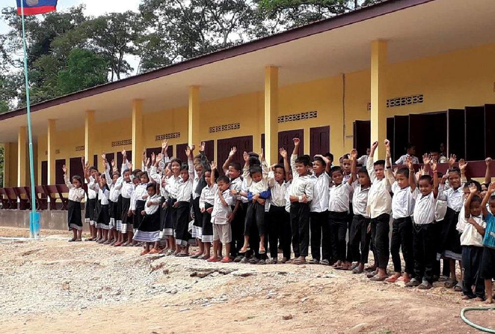 Une cantine pour Thong Xam au Laos